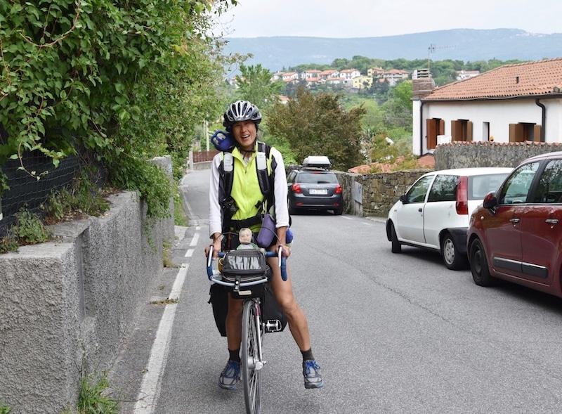 Tyre Lady, dopo 1.960 km e 21 giorni di pedalate, è giunta a Trieste